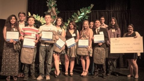 Comcast NBCUniversal Awards $39,000 in Scholarships to New Mexico High School Seniors